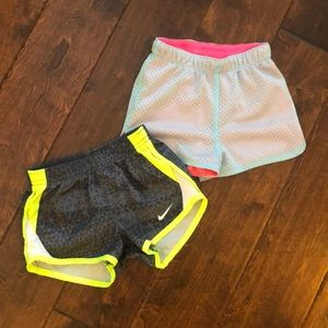 Pair of athletic shorts 2T Nike